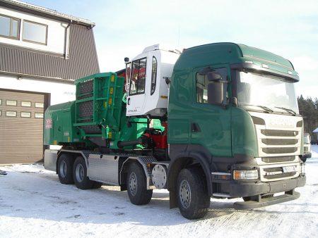 Scania R400 puiduhakkur Jenz HEM 582 ja metsatõstuk Epsilon Q130L